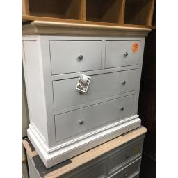 4 DRAWER CHEST WITH WHITE WASH OAK TOP