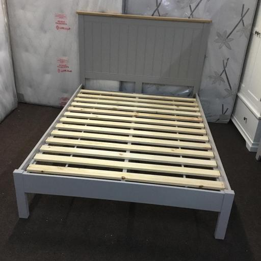 MINK 5' Kingsize Bed