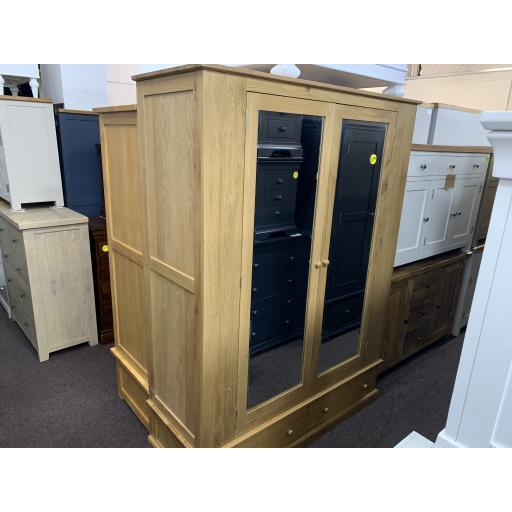 Real OAK Wide Double Wardrobe with Mirrors