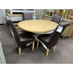 PAINTED 110-145cm Round Extending Table With 4 Brown Leather Chairs