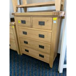Oak 2 over 3 chest of drawers with Metal Dropped Handles.