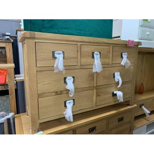 Good Quality Oak 7 Drawer Merchants chest/ Sideboard