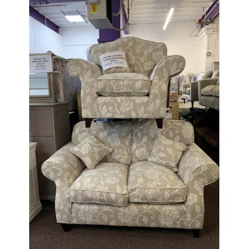 Natural patterned 2 seater sofa + 1 chair